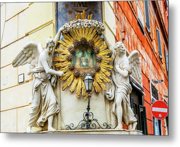Madonna Del Archetto Angels Statues Metal Print by William Perry
