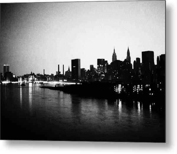 Manhattan Skyline During Blackout Of Metal Print