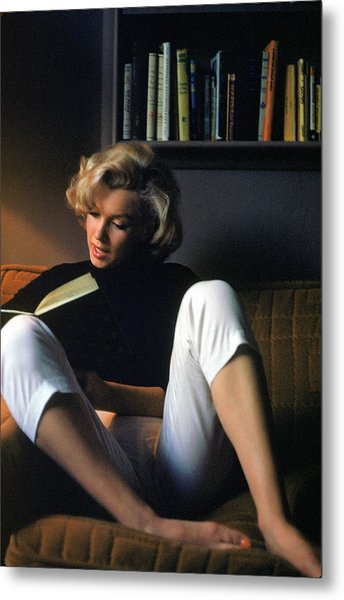 Marilyn Monroe Reading At Home Metal Print