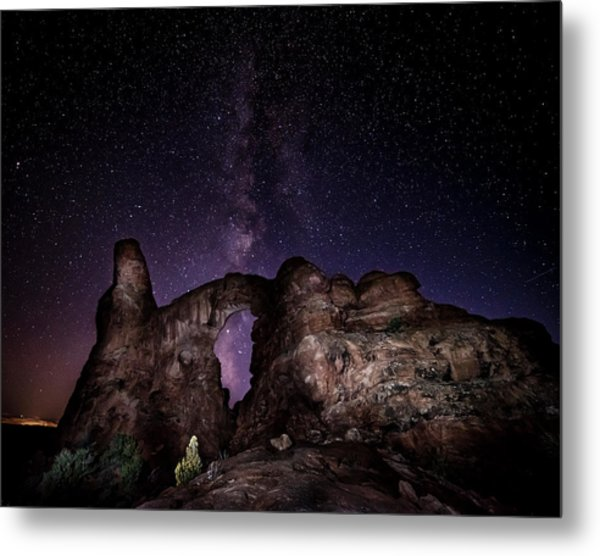 Metal Print featuring the photograph Milky Way Over Turret Arch by David Morefield