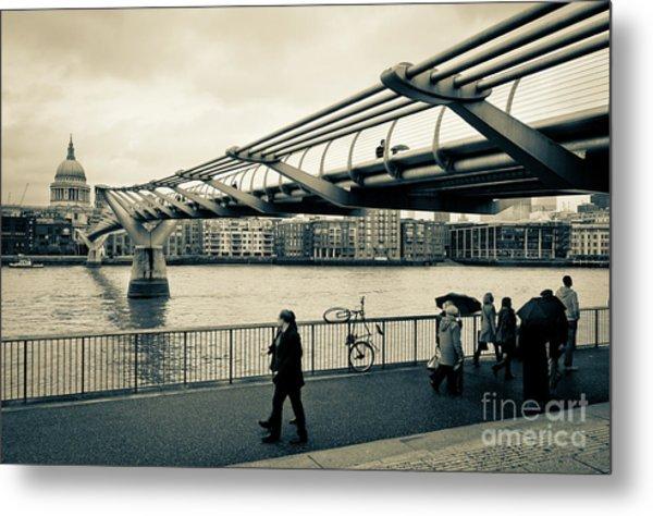 Millennium Bridge 03 Metal Print