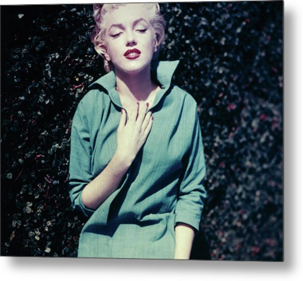 Monroe In Green Metal Print by Baron