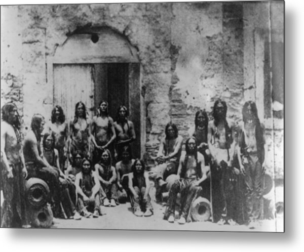 Native Americans Metal Print by Hulton Archive