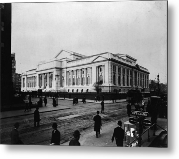New York Public Library Main Branch Metal Print by Fpg