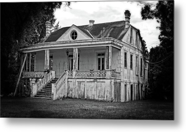 Old House Black And White Metal Print