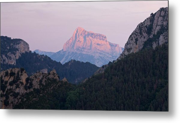 Metal Print featuring the photograph Pena Montanesa Glowing Red by Stephen Taylor