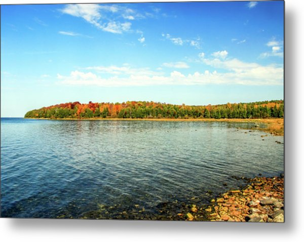 Peninsula Shore In Fall Metal Print