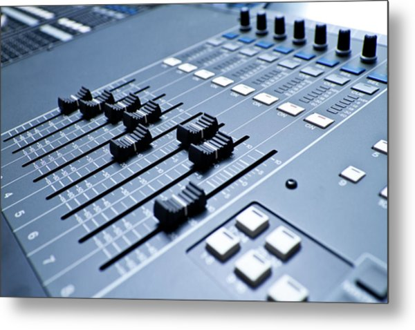 Professional Digital Sound And Metal Print by Grandriver