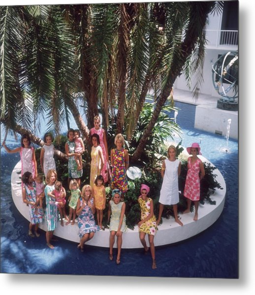 Pulitzer Fashions Metal Print by Slim Aarons