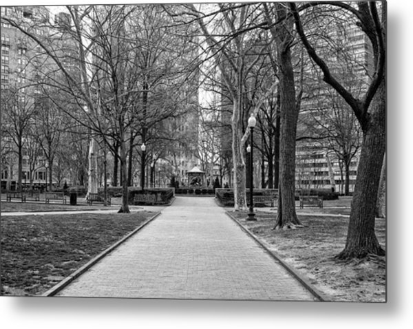 Quiet Morning In Rittenhouse Square In Black And White Metal Print