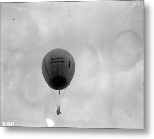 Racing Balloon Metal Print by Fox Photos