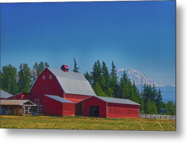 Red Barn With Mount Rainier Metal Print