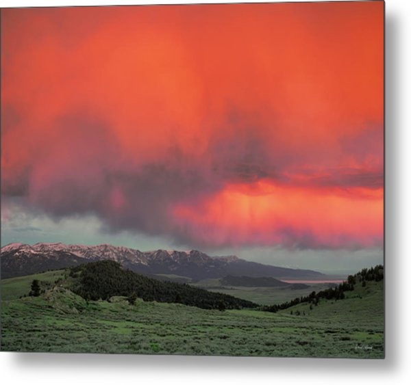 Red Rock Pass Metal Print by Leland D Howard