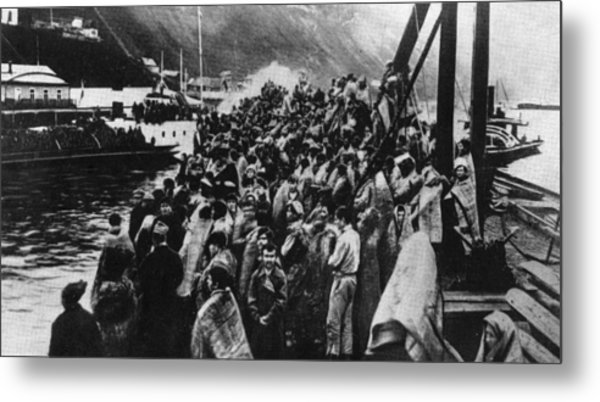 Refugees Metal Print by Hulton Archive
