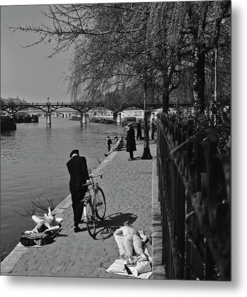 Relaxing By The Seine Metal Print