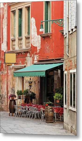 Restaurant In Venice Metal Print by Mammuth