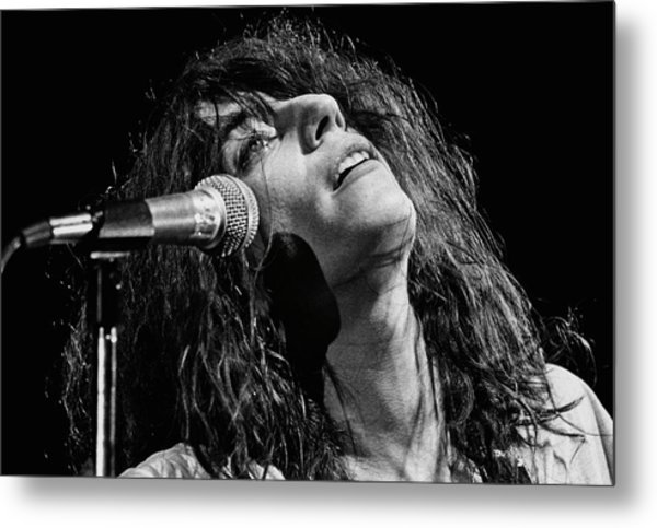 Rock Singer Patti Smith In Concert Metal Print by George Rose