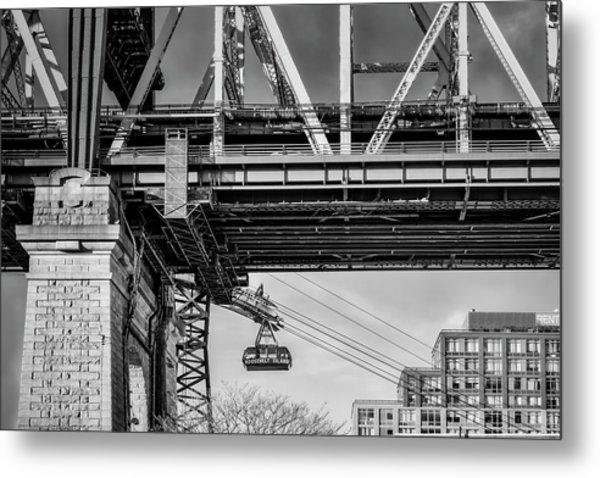 Roosevelt Tram Underneath The 59 St Bridge Bw Metal Print