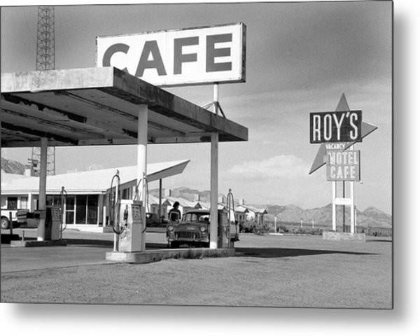 Roys Motel, Cafe, And Gas On Route 66 Metal Print by Car Culture