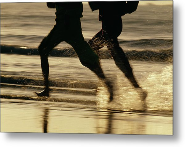 Running Couple At The Beach Metal Print