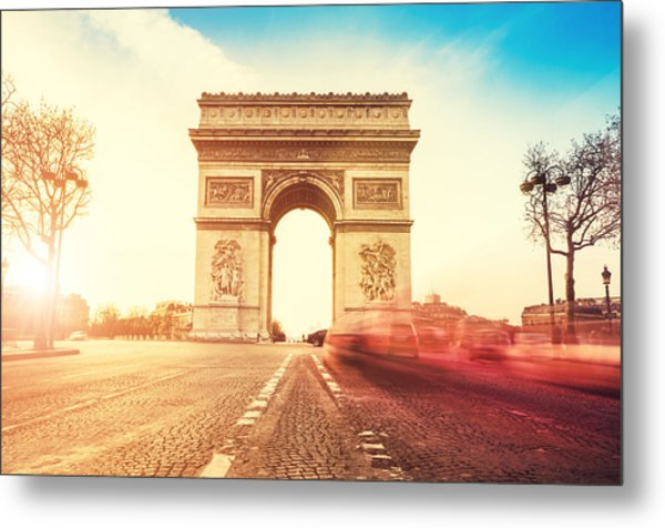 Rush Hour At The Arc De Triomphe In Metal Print by Franckreporter