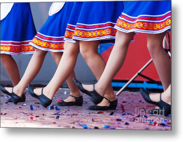 Russian Girls In Traditional Costumes Metal Print