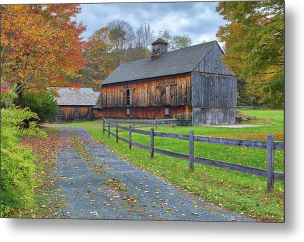 Metal Print featuring the photograph Rustic Barn by Juergen Roth