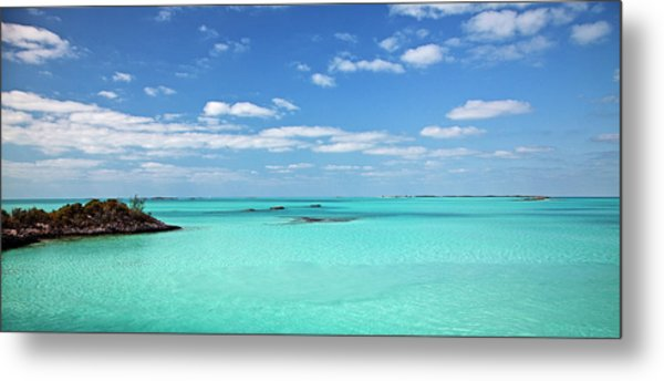 Scenics View, Happy People Marina Metal Print