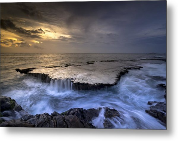 Sea Waterfalls Metal Print