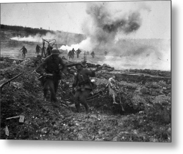 Second Battle Of Villers-bretonneux Metal Print by Hulton Archive
