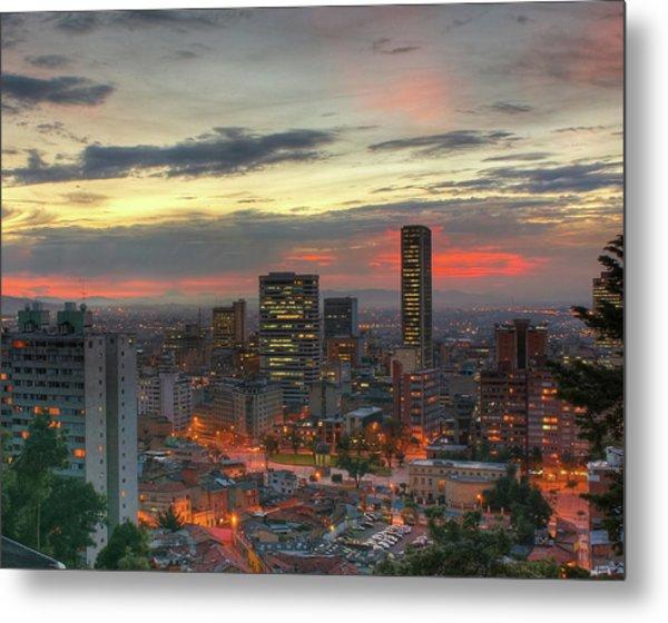 Setting Sun Over Bogotá Metal Print by Tobntno
