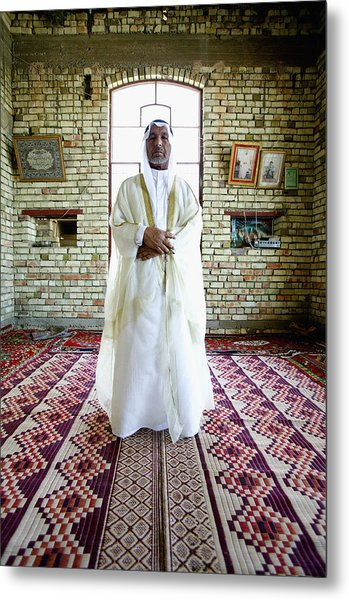 Sheik Fadel Mesrel Al-jumail Portrait Metal Print by Brent Stirton