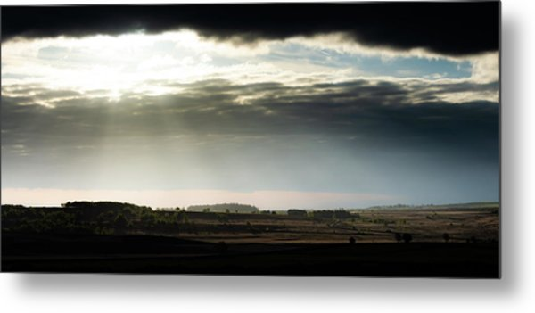 Metal Print featuring the photograph Shining Through At Baslow Edge by Scott Lyons