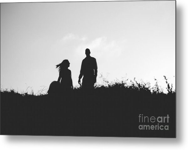 Silhouette Of Couple In Love With Wedding Couple On Top Of A Hil Metal Print