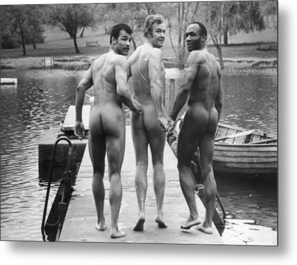 Skinnydippers Metal Print by Evening Standard