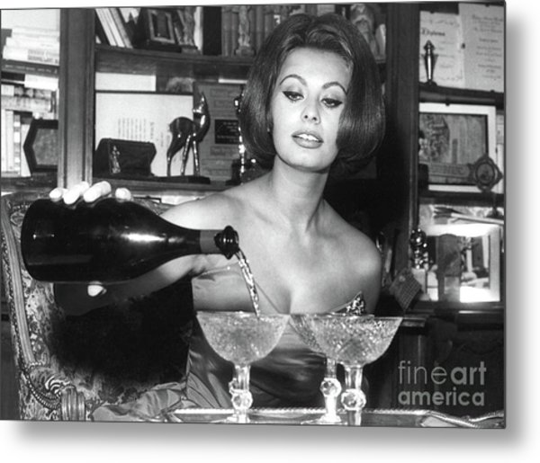 Sophia Loren, Coupe Champagne Glasses Metal Print