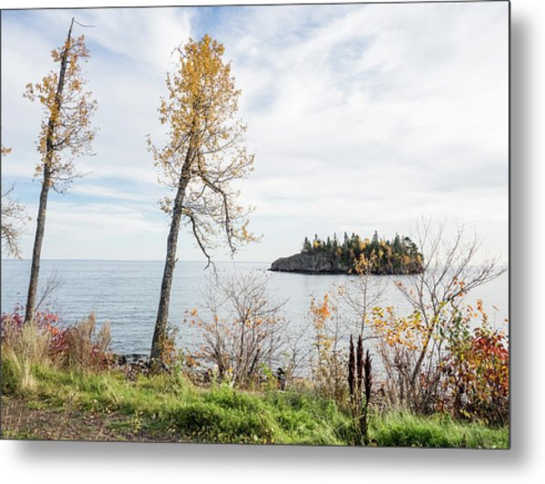 Split Rock In The Fall Metal Print