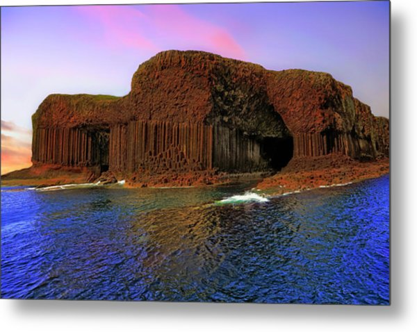 Staffa And Fingal's Cave - Scotland - Sunset Metal Print