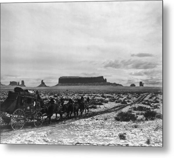 Stagecoach Metal Print by Hulton Archive
