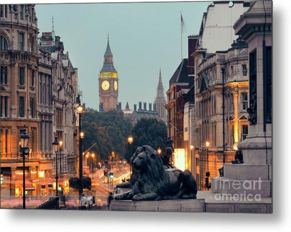 Street View Of Trafalgar Square At Metal Print