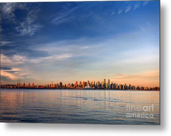 Sun Painting The City Skyline Gold Metal Print