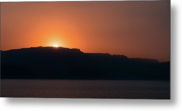 Metal Print featuring the photograph Sunset At Over The Mountains In The Red Sea by William Dickman