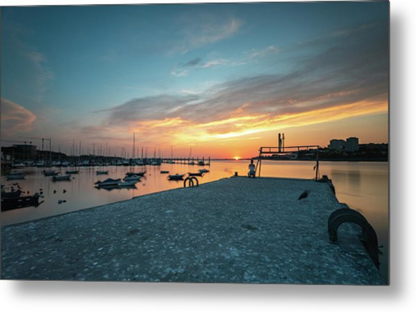 Metal Print featuring the photograph Sunset Looker by Bruno Rosa