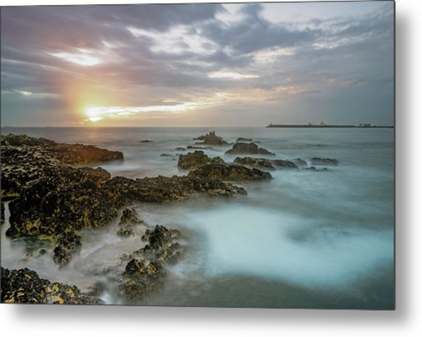Metal Print featuring the photograph Sunset Matosinhos by Bruno Rosa