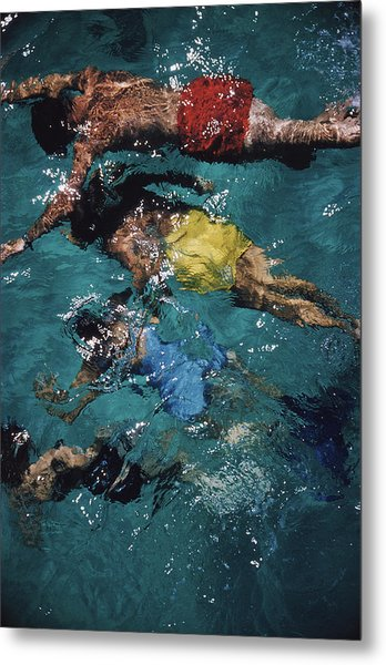 Swimming In The Bahamas Metal Print