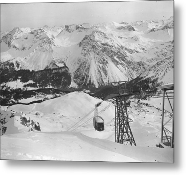 Swiss Cable Car Metal Print by Vanderson
