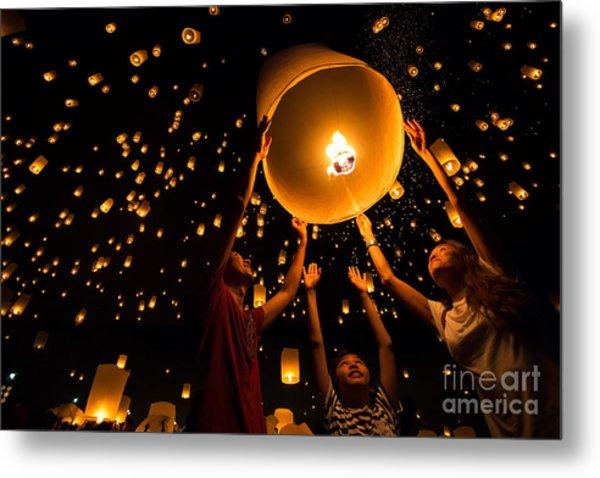 Thais Family Release Sky Lanterns To Metal Print by Patrick Foto