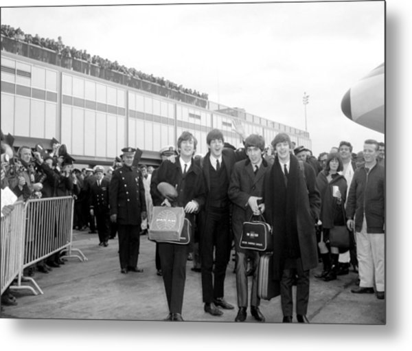 The Beatles Arrive At Kennedy Airport Metal Print
