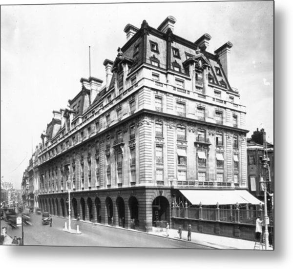The Ritz Metal Print by Topical Press Agency