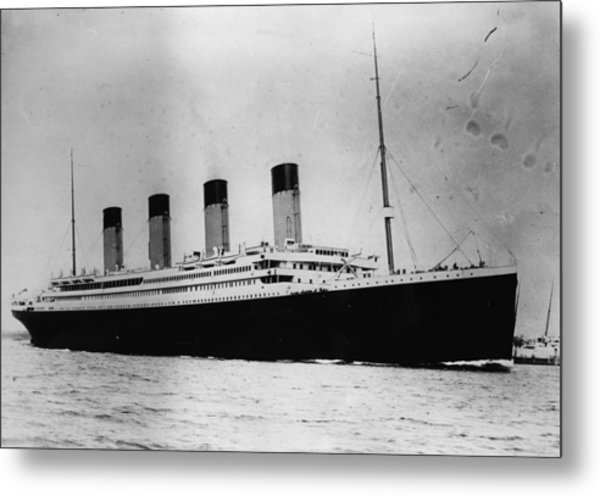 The Titanic Metal Print by Central Press